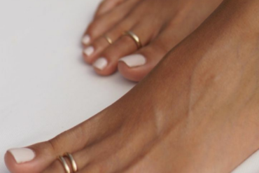Plantas y Autocuidado para tu dolor menstrual o dolor de pancita : Ayurveda